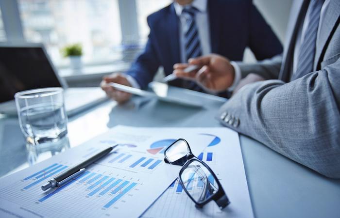 A metodologia lean é uma opção muito utilizada para recuperar projetos em crise ou em fases críticas, uma vez que essa metodologia pode ser aplicada em qualquer fase do projeto.