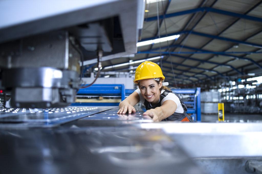 As paradas industriais, também conhecidas como paradas de manutenção, grandes paradas ou paradas de plantas, são os principais eventos de manutenção de uma indústria.